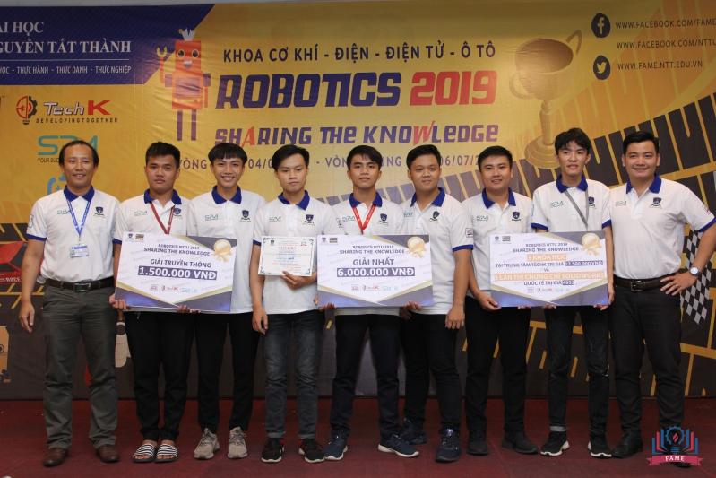 doi ve nhat cuoc thi robotics 2019